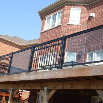Aluminum Railing for Deck, Installation & Manufacturers in Canada